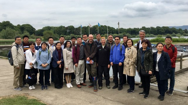 CycleForNature - Chinese delegation of officials.
