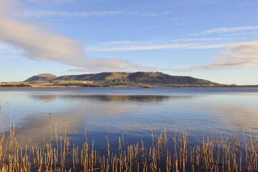 Panorama of Loch Leven NNR and the Lomond hills from the bird hide near Kinross. ©Lorne Gill/SNH. For information on reproduction rights contact the Scottish Natural Heritage Image Library on Tel. 01738 444177 or www.nature.scot