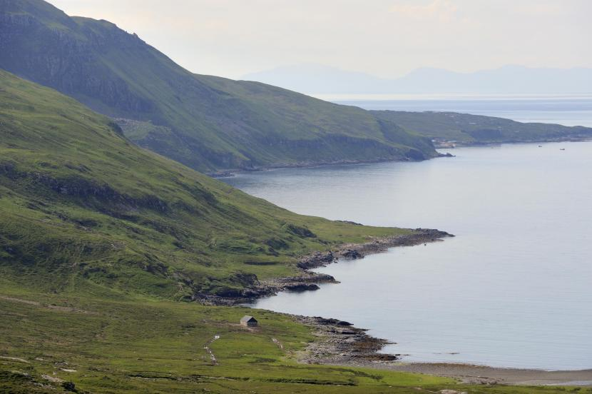 The coast north of Elgol, one of the areas of Middle Jurassic rock on Skye protected by the Skye Nature Conservation Order. ©Lorne Gill/SNH.