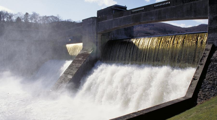 Hydro dam at Faskally. ©Lorne Gill/SNH. For information on reproduction rights contact the Scottish Natural Heritage Image Library on Tel. 01738 444177 or www.nature.scot