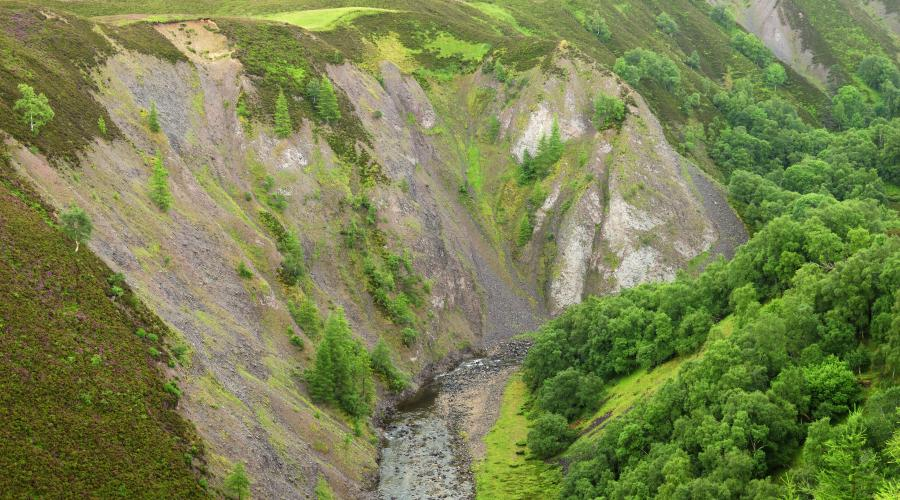 Devonian rocks form the steep sides of the Ailnack gorge south of Tomintoul. ©Lorne Gill/SNH. For information on reproduction rights contact the Scottish Natural Heritage Image Library on Tel. 01738 444177 or www.nature.scot