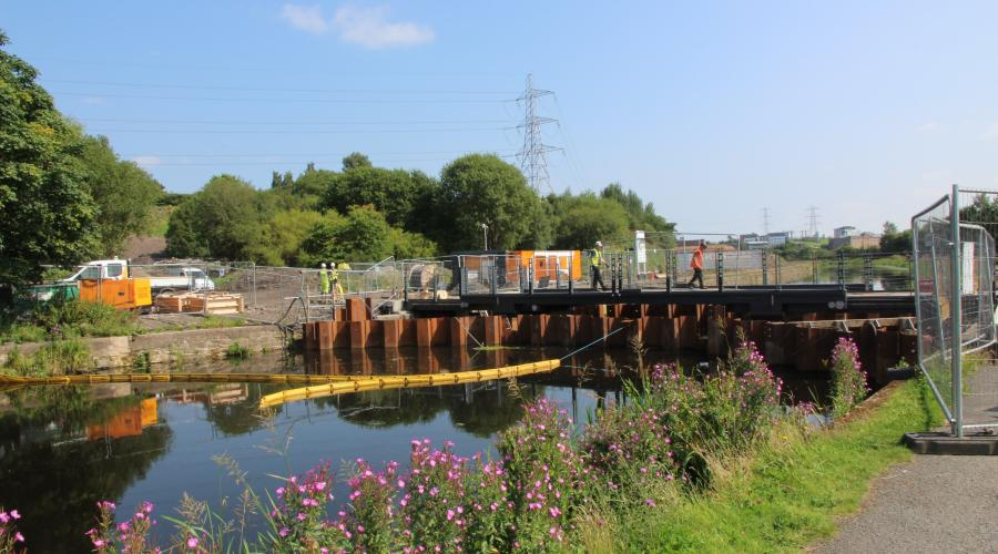 Green Infrastructure - Canal and NG - Garscure bridge under construction