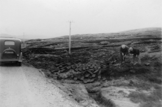 he find spot of the Gunnister Man - near Gunnister -Northmavine -Shetland 1951 - Photo credit - Shetland Museum and Archives