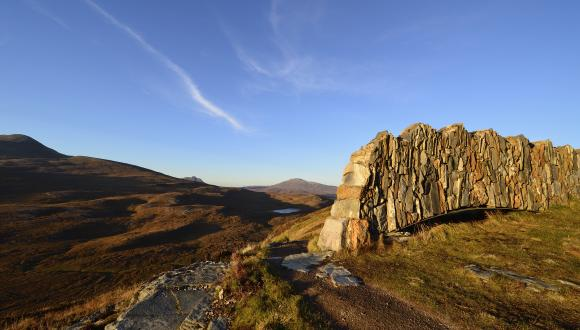 A rock arch on the crag top trail at Knockan Crag NNR. ©Lorne Gill/SNH. For information on reproduction rights contact the Scottish Natural Heritage Image Library on Tel. 01738 444177 or www.nature.scot