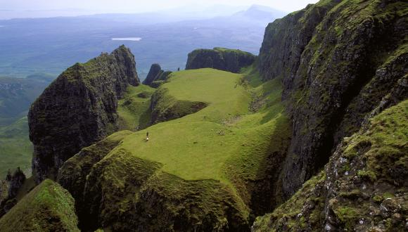 andslides at the Table, Quirang,Trotternish ridge,Isle of Skye. ©Lorne Gill/SNH