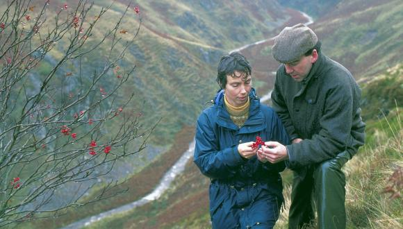 Site monitoring in the Ochil hills, Perthshire. © Lorne Gill/SNH For information on reproduction rights contact the Scottish Natural Heritage Image Library on Tel. 01738 444177 or www.nature.scot
