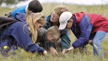 Outdoor education at Tentsmuir NNR ©Lorne Gill/SNH. For information on reproduction rights contact the Scottish Natural Heritage Image Library on Tel. 01738 444177 or www.nature.scot
