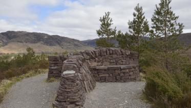 Dry stone seating and viewpoint on the buzzard trail, Beinn Eighe National Nature Reserve. ©Lorne Gill/SNH. For information on reproduction rights contact the Scottish Natural Heritage Image Library on Tel. 01738 444177 or www.nature.scot